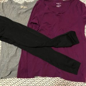 Tops - Outfit set! Black leggings, two shirts
